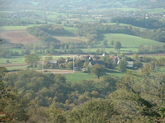 gite-aveyron-hameau-lamothe-depuis-colline