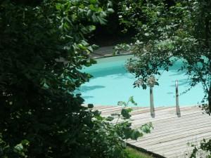 Gite La Mothe ZOOM piscine depuis maison
